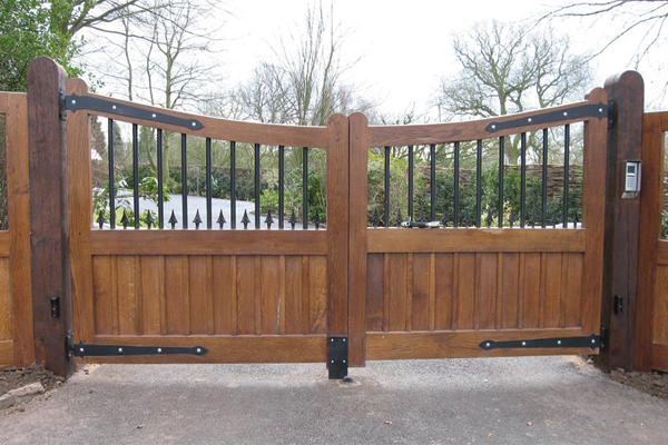 Wyre Forest Woodcraft Gates in Kidderminster Worcestershire